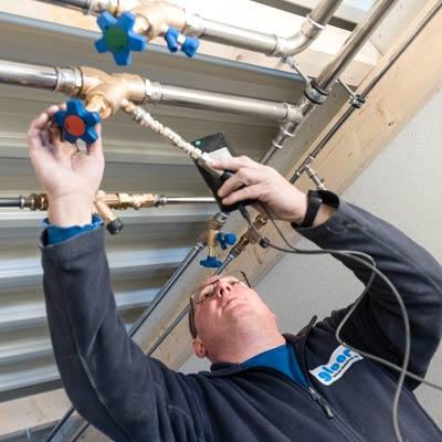 Gloor Gebäudetechnik – Sanitärinstallation – Kontrolle von Wasserleitungen