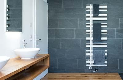 Gloor Gebäudetechnik – Bad-Sanierung mit Nasszelle und Handtuchradiator Mobile